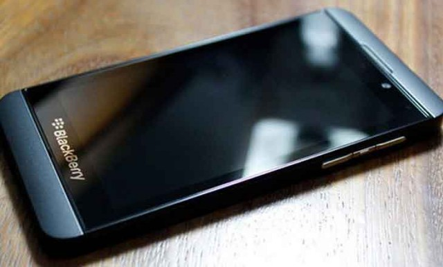 BlackBerry Z10 sideview